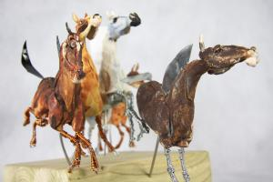 Horses in wire and ceramic